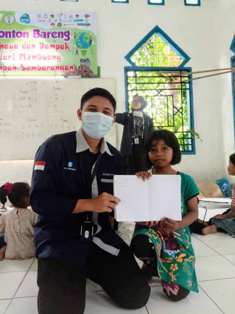 Kegiatan GenBI (Komunitas Penerima Beasiswa Bank Indonesia) Mengajar
